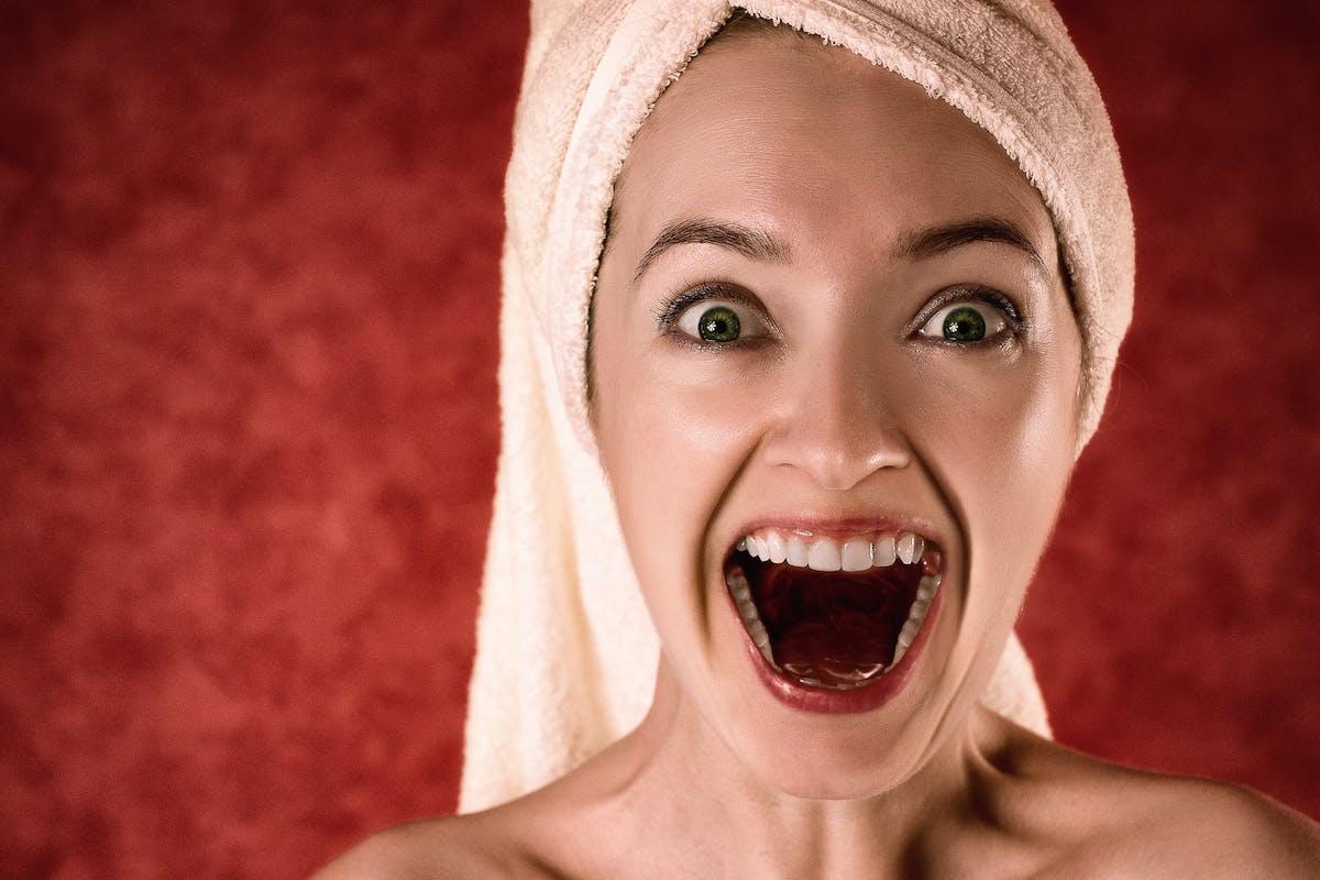 8 Cara Menghilangkan Bau Mulut yang Efektif Selama Puasa