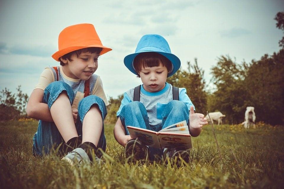 Yuk, Simak 9 Cara Mudah Membuat Anak Cerdas Sejak Kecil Ini!