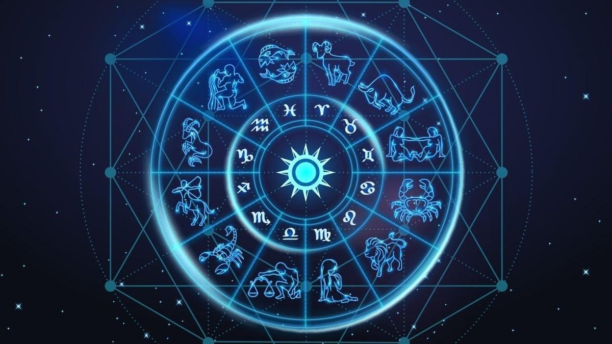 Yuk, Simak Peruntunganmu di Ramalan Zodiak Bulan Juli 2018 Ini!