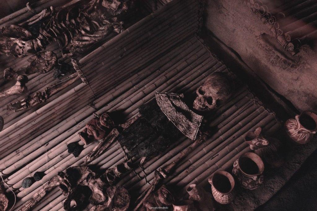 ritual mistis di Indonesi