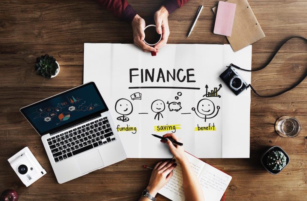 Kebiasaan Keuangan Buruk Milenial
