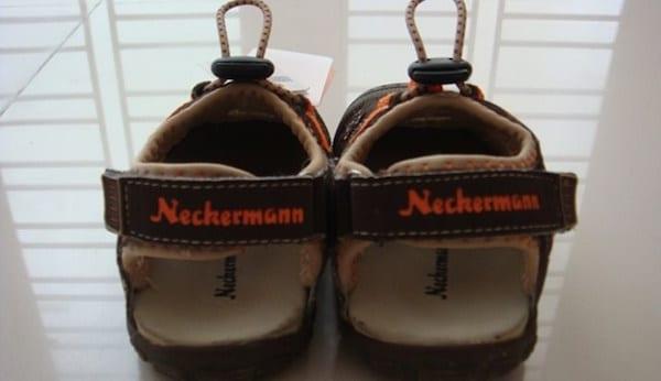 merk sepatu 90an neckermann