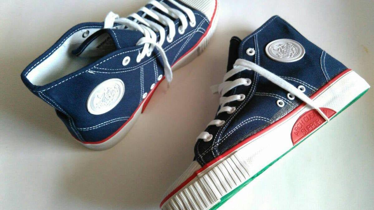 Yuk Nostalgia Ingat 7 Merk Sepatu 90an Yang Hits Abis Di Zamannya