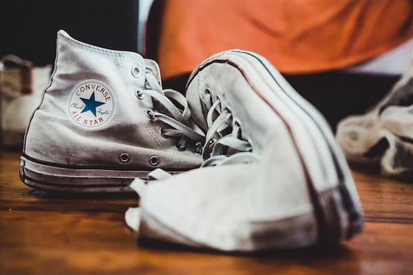 cara mencuci sepatu kanvas