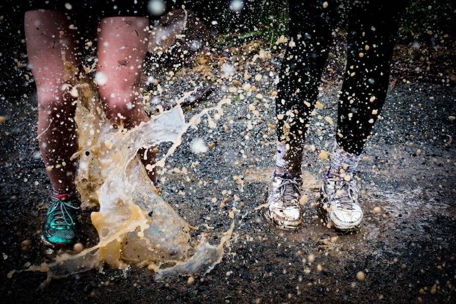 Ini Dia 8 Cara Mencuci Sepatu Sesuai Bahan yang Bisa Dilakukan di Rumah!