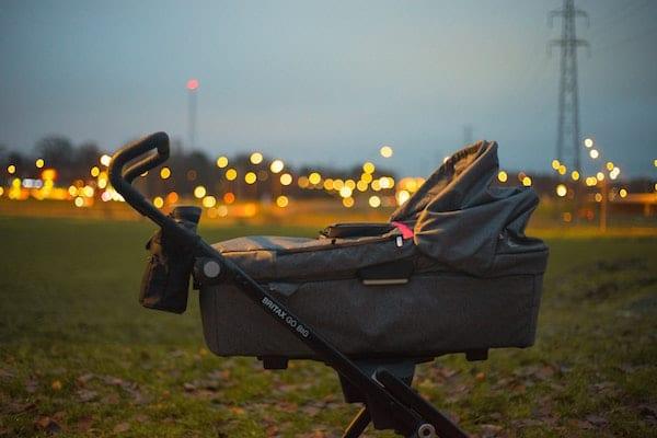 stroler bayi atau kereta dorong