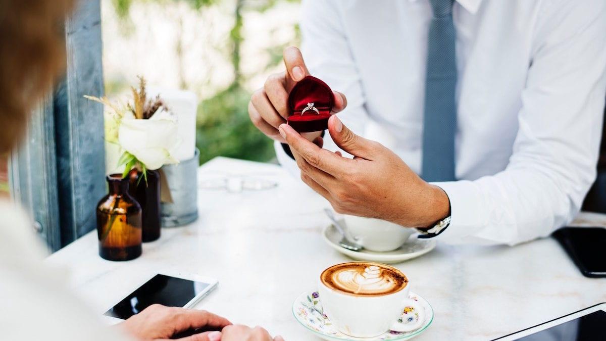 5 Zodiak yang Akan Menemukan Jodoh dan Menikah di Tahun 2019