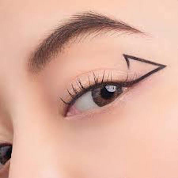 eyeliner geometris