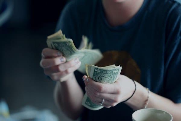 jangan meminjamkan uang ke teman