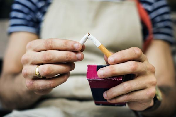 berhenti merokok untuk penderita asam lambung