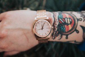 nixon jam tangan pria