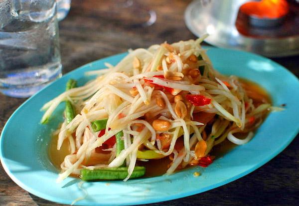 som tham salad mangga thailand