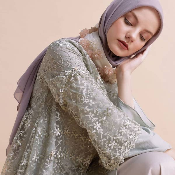 warna pastel busana muslim