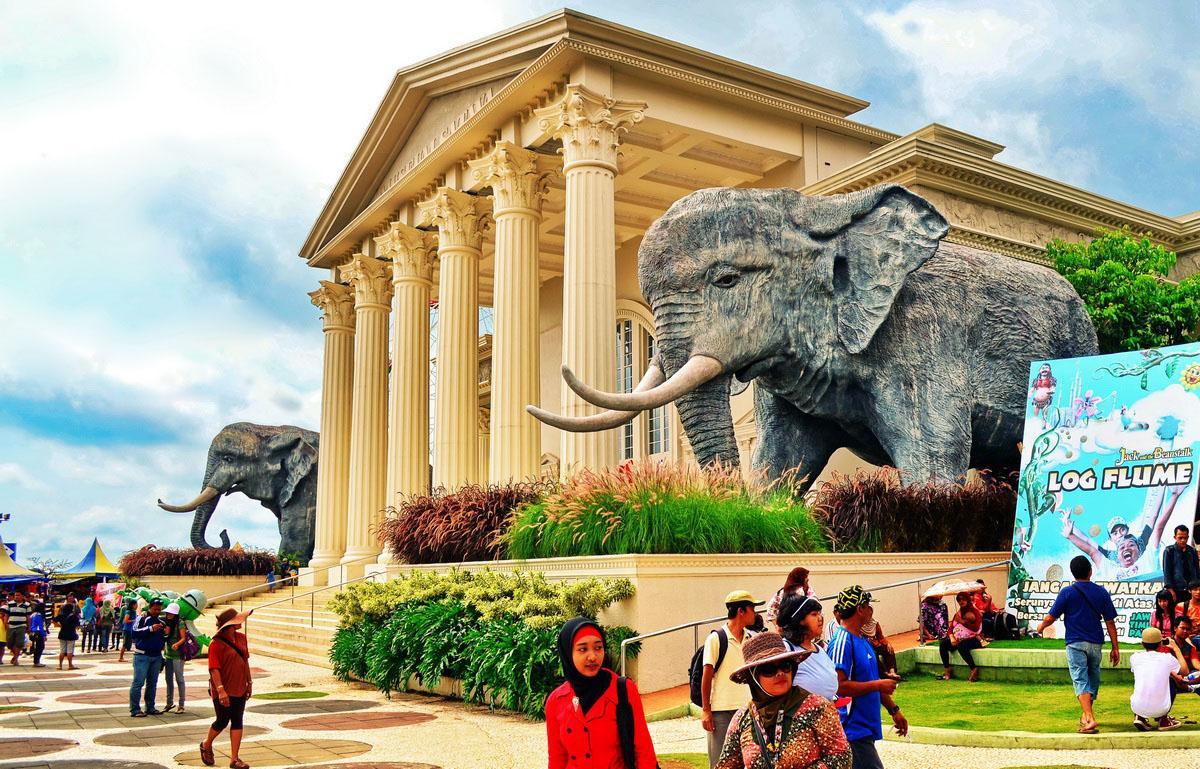Jawa Timur Park 2 (Jatim Park 2) batu malang