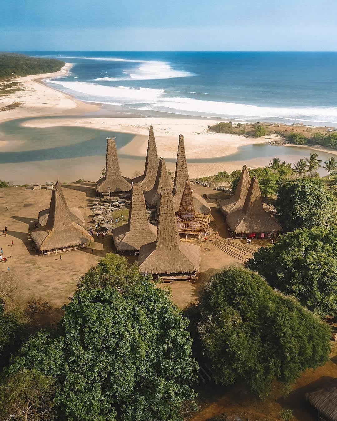 Desa Ratenggaro sumba