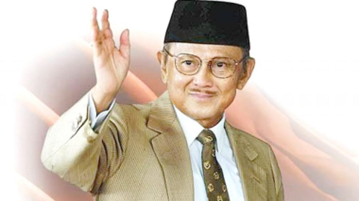 Biografi B.J. Habibie, Perjuangan dan Cita-Citanya untuk Indonesia
