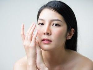 Mengecilkan pori-pori kulit wajah