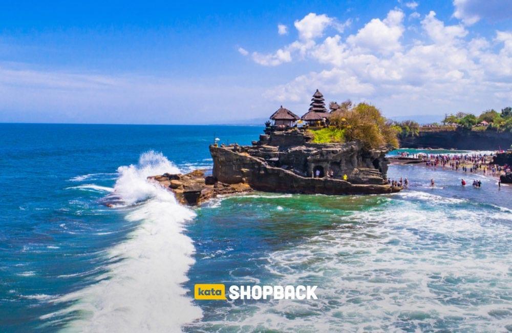 Tanah Lot Bali, Destinasi Wisata Favorit dengan Segudang Pesonanya