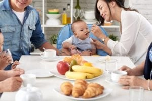 Sediakan Makanan Selingan atau Bubur Instan