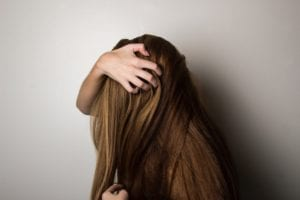 Memperbaiki-Rambut Bercabang dan Kering