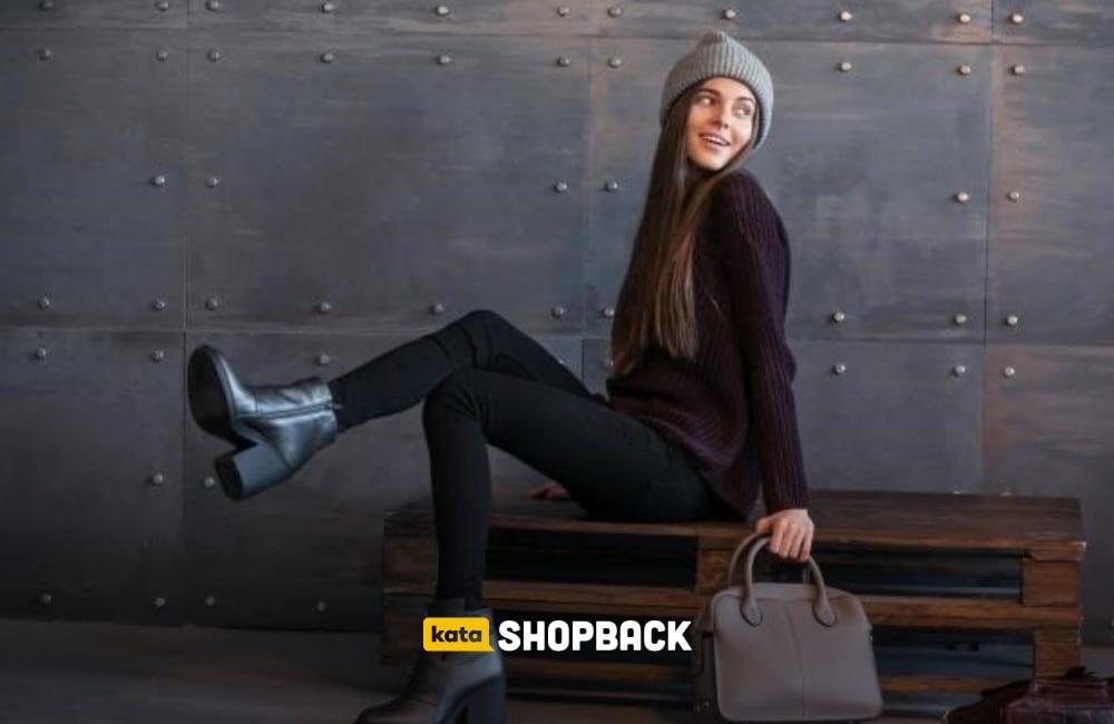 6 Jenis Sepatu Boots Wanita yang Bikin Penampilan Outstanding