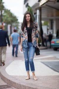 Blazer dengan Paduan Jeans