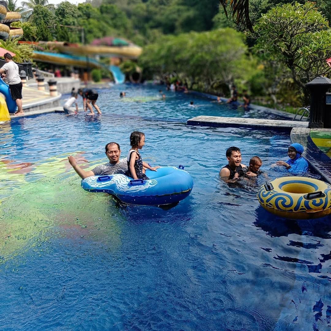 The Jhon's Aquatic Resort