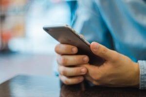 Mengatur APN Indosat di iPhone