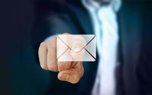 Gunakan alamat email yang sesuai