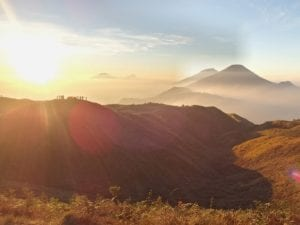 matahari di Gunung Prau