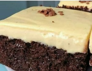 4. Brownies Panggang Keju Lumer