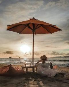 Nikmati Pemandangan Eksotis Pantai Pelabuhan Ratu
