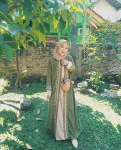 abaya remaja warna hijau