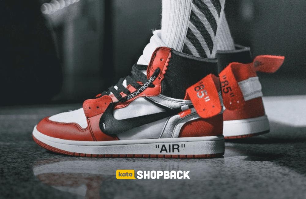 5 Sepatu yang Harus Dimiliki Kalau Ngaku Pecinta Sneakers