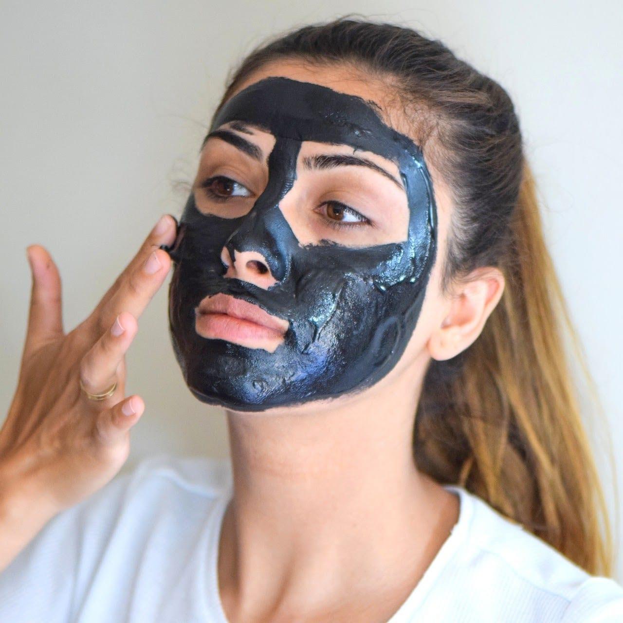 salah pakai masker wajah