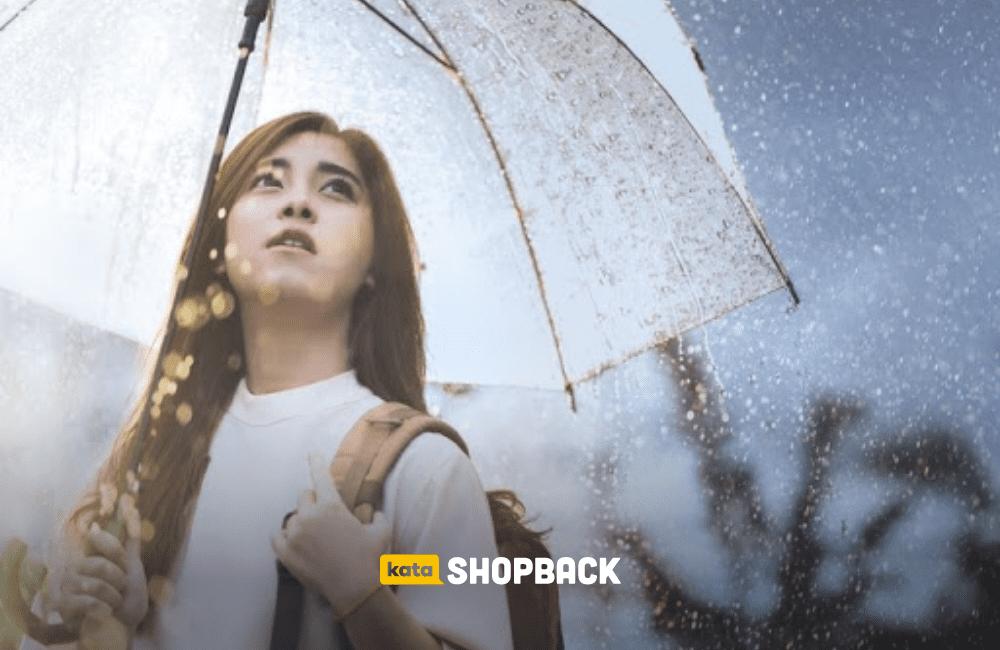 5 Tips Traveling Aman dan Nyaman Meski Musim Hujan