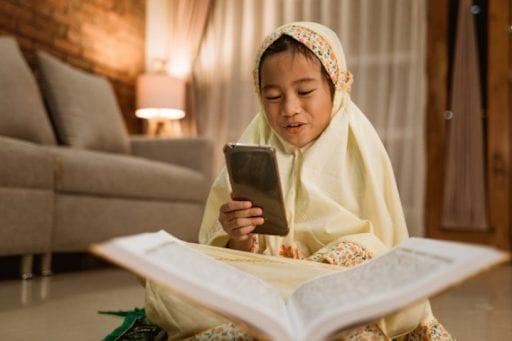 manfaat gadget saat Ramadhan