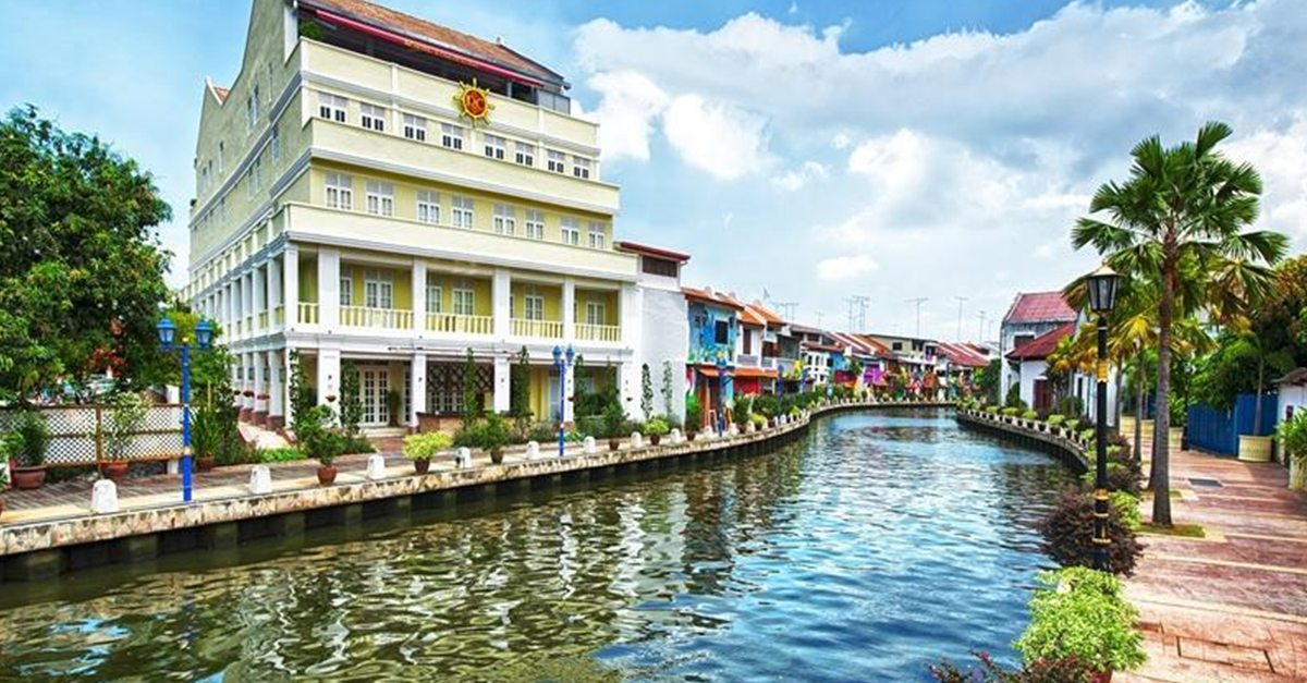 10 Staycations Perfect For The Malaysian Foodie