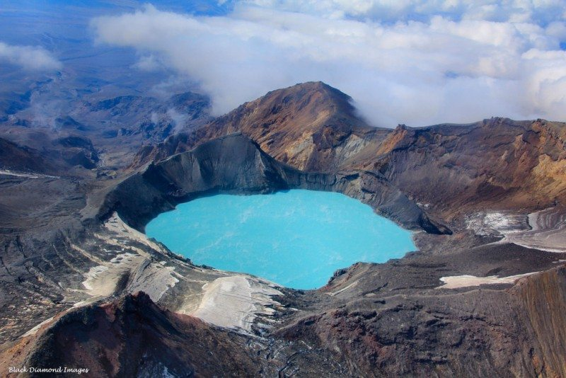 crater lake, mount ruapehu Tongariro World Heritage National Park