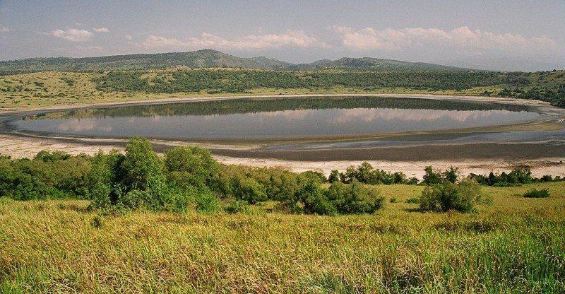 Queen Elizabeth National Park Crater Lakes in the Albertine Rift — Uganda, Africa