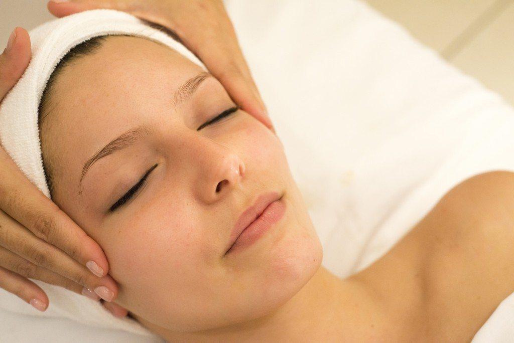 spa massage and facial