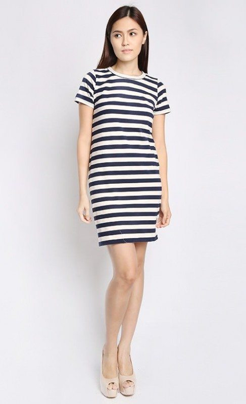 A regular-fit t-shirt dress in stripes