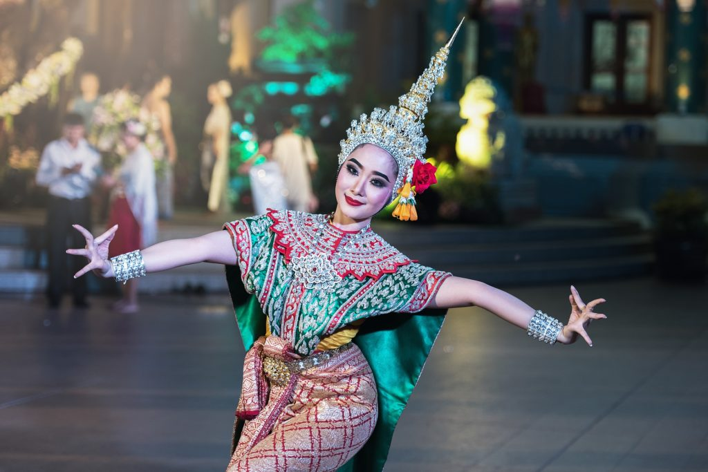woman performing traditional Thai dance