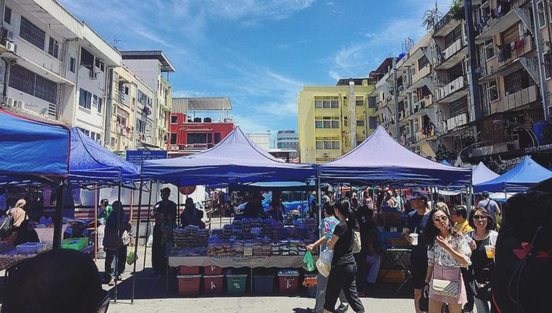 Gaya Street Sunday Market in Kota Kinabalu