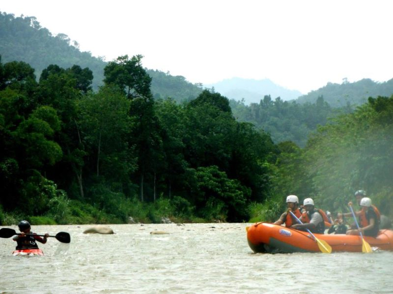 Nomad Adventure white water rafting
