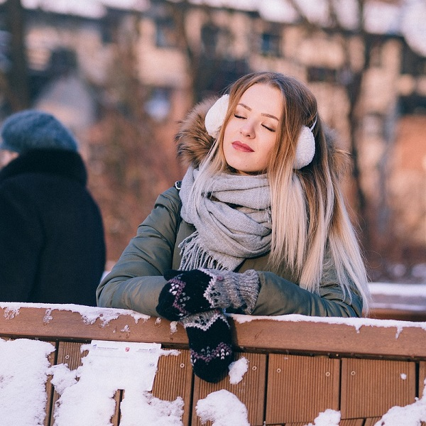 Accessorise Winter Gloves Scarves Ear Mufflers Hats Snow Cold