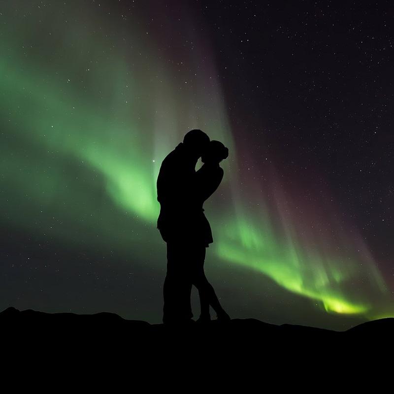 Adventure Confess Travel Romantic Couple Northern Lights