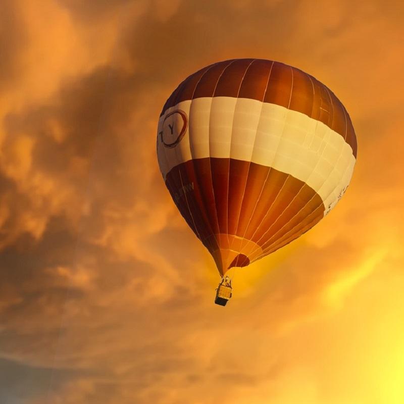 Hot Air Balloon Sunset Clouds View
