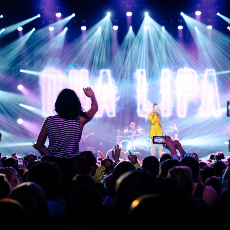 dua lipa in concert in switzerland