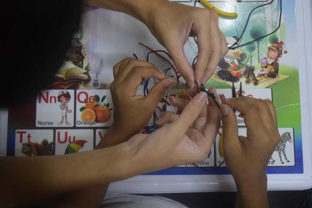 E-waste jewellery making